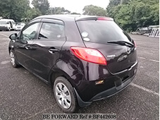 Toyota VITZ vs Mazda DEMIO Comparison Review | BE FORWARD
